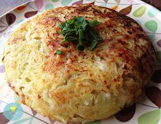 """Gostosa, saborosa e crocante. A Batata Rösti, Rostie ou Batata Suíça é um tradicional prato da região do Cantão de Berna, parte """"alemã"""" da Suíça. A palavra Rösti, significa fina e crocante. Veja ta…"""