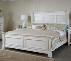 Stoney Creek Queen Shutter Bed by Folio 21