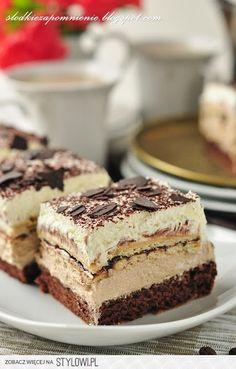 CIASTO KUBANKA Składniki: Biszkopt ( forma 25x30cm): 4… na Stylowi.pl Sweets Cake, Cupcake Cakes, Polish Recipes, Cheesecakes, Tiramisu, Catering, Dessert Recipes, Food And Drink, Cooking Recipes