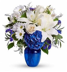 Order Beautiful in Blue - from Boulevard Florist, your local Center Moriches florist. For fresh and fast flower delivery throughout Center Moriches, NY area. New Baby Flowers, Flowers For You, Summer Flowers, Wedding Flowers, Send Flowers, Get Well Flowers, Fresh Flowers, Bouquet Bleu, Blue Flowers Bouquet