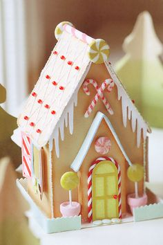 A Field Journal: paper and beads and glitter gingerbread house with templates