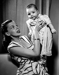 Judy Garland and her daughter Liza Minnelli