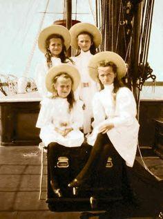 The 4 daughters of Tsar Nicholas II Romanov (1868-1918) Russia & his wife Alix-Alexandra Feodorovna (1872-1918) Hesse, Germany: Grand Duchesses Olga Nikolaevna Romanova (15 Nov 1895-17 Jul 1918), Tatiana Nikolaevna Romanova (10 Jun 1897-17 Jul 1918), Maria Nikolaevna Romanova (26 Jun 1899-17 Jul 1918) & Anastasia Nikolaevna Romanova (18 Jun 1901-17 Jul 1918).