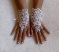 Ivory Wedding gloves bridal gloves lace gloves fingerless gloves ivory gloves guantes french lace silver frame gloves free ship