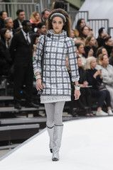 Browse runway pictures from Chanel fashion shows.