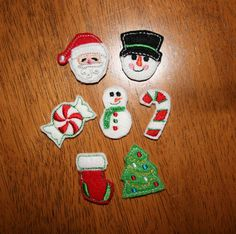 Felt Christmas Bits & Pieces Embroidery machine applique set. $5.99, via Etsy.