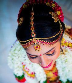 Fullonshaadi - Indian Bridal Accessories - 10 Best Maang Tikka Designs - South Indian Kemp