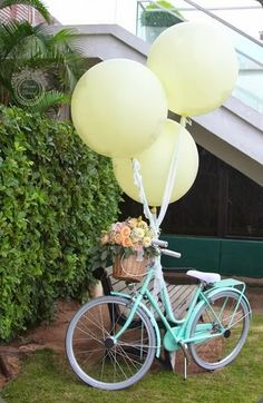 Flowers on a bicycle -  Divine Floreal #bicycleflowers #bike
