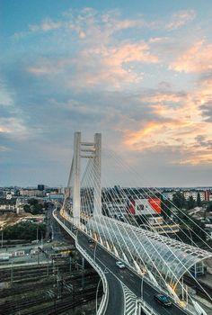 City bridge night traffic
