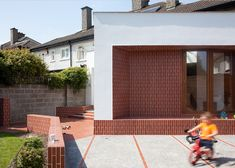 House Extension in Dublin by GKMP Architects