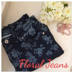 """Liz Claiborne Floral Jeans Liz Claiborne floral jeans. Dark wash. Size 6. Excellent condition. No stains/tears. Little stretch. Inseam: 26.5"""". Get the look! 2nd photo credit by Fashionopolis. Great condition. Romantic style to add to any outfit. Perfect piece to Spring! 🌞01/02 Sweater Weather Host Pick by @leliluv. Thank you Le! Liz Claiborne Jeans Ankle & Cropped"""