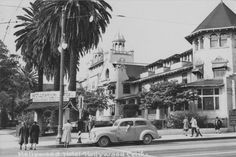 Picture postcard of the Hollywood Hotel in 1940. Formerly located on the corner of Hollywood Boulevard and Highland Avenue, the building was demolished in 1956. The corner is now the site of a shopping and entertainment complex.
