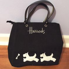 ‼️ final price drop ‼️ Harrods bag!!! NEW HARRODS BAG!! Minimum piling from storage as shown in pictures. NEVER USED! NWOT. Tags are not attached/included only because it was a gift! NO TRADES Harrods Bags