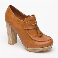 Zapatos de tacón marrones