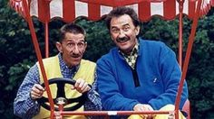 ChuckleVision I love the Chuckle brothers Kids Tv Shows 2000, Uk Tv Shows, Kids Shows, Chuckle Brothers, 1990s Nostalgia, Programming For Kids, Cartoon Tv, My Childhood Memories, Teenage Years