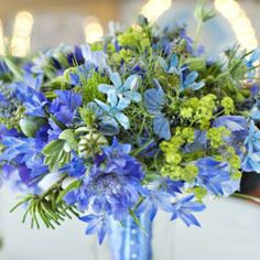 hand-tied-bouquet-th.jpg (250×250)