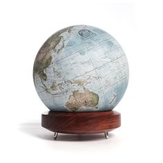 Colours : Choosing a Globe by Colour – Globemakers Desk Globe, World Globes, Spin, Maps, Study, Hand Painted, Colours, Celestial, London