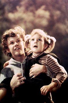 Robert MacNaugton & Drew Barrymore on the set of E.T. The Extra Terrestrial