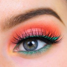 Loving the color combo on this fun summer look by ✨@strawbericamakeup✨ #pixieluxelashes #strawbericamakeup #lashgamestrong #summer #makeup #colors #houseoflashes