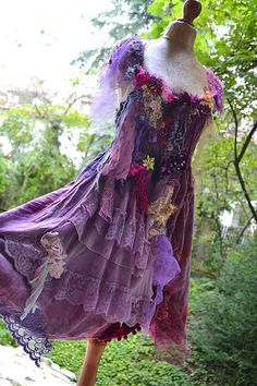 Unique Art To Wear Romantic Cinderella Dress PURPLE SWAMP
