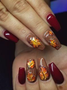 Nail art Christmas - the festive spirit on the nails. Over 70 creative ideas and tutorials - My Nails Fall Acrylic Nails, Autumn Nails, Fall Nail Art, Thanksgiving Nail Designs, Thanksgiving Nails, Fall Nail Designs, Acrylic Nail Designs, Christmas Nail Art, Holiday Nails