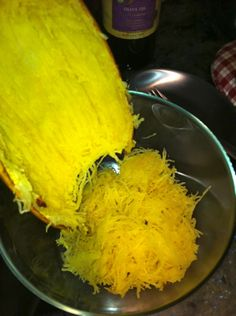 How to make spaghetti squash-I've been wanting to try this!