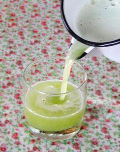 Chá no inverno, suco no verão. A erva cidreira é uma ótima opção de bebida…