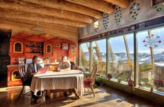 pictures of earthship homes | During my research I came across straw bail homes, shacks, newer homes ...