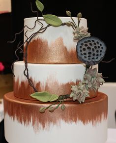 Rustic copper wedding cake with sugar succulent detail
