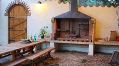 A 11mn d'Argelès (SOREDE): Superbe Villa proche Argeles Plage pour grands Groupes:6 Chambres/12 pers! Jardin, Piscine+Jacuzzi. Parking Sécurisé, WIFI..