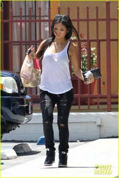 Brenda Song & Trace Cyrus: Engagement Back On? | brenda song trace cyrus engagement back on 03 - Photo
