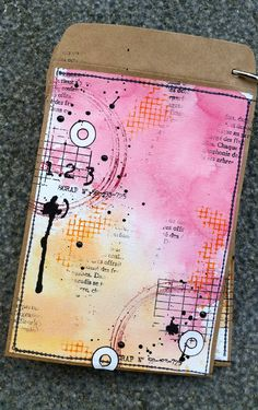 Watashi : me, myself and I: Trop canon {DT Graffiti Girl} Art Journal Pages, Journal Cards, Art Journals, Mixed Media Cards, Mixed Media Journal, Mix Media, Mini Pochette, Graffiti Girl, Art Carte