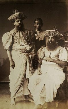 Kandyan Chieftains and Attendant, 1880 From Early photographs of Sri Lanka, currently at the National Museum, Delhi