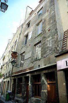 036-Casa de Nicolas Flamel, una de las más antiguas de París, Francia.