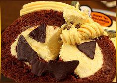 送料無料 ハロウィン限定 ジャック・オ・ランタンのパンプキンロールケーキ