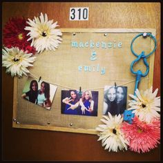 @Carly Stephens and I will have a cute door like this :) #college #dorm #crafty