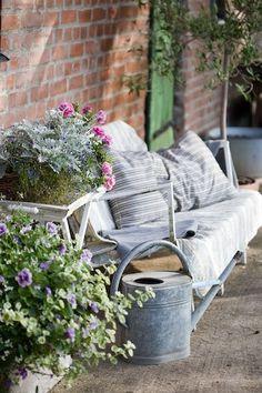 particularpoetry:    My Garden @ Pinterest