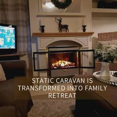 So cozy! Mobile Home Living, Home And Living, Used Iphones For Sale, Small Caravans, Best Cell Phone Deals, Second Hand Furniture, Lodge Style, Big Windows, Beautiful Space