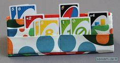Meine Kinder spielen beide gerne Uno. Aber gerade meiner Tochter fällt es noch schwer die Karten alle in der Hand zu halten und das Ganze am...