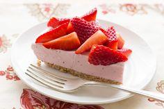 Strawberry Ice Cream Cone Pie