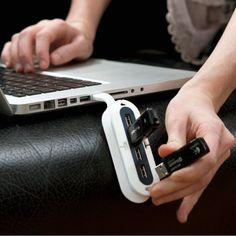 Contort Flexible USB Hub