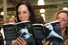 Fifty Shades - Erotic Novels Lift Barnes & Noble Retail-Store Traffic; Losses on Nook Widen