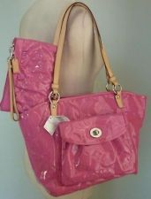 Nwt Coach Leah Fuchsia Embossed Patent Leather Tote Wristlet 14663 42354