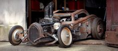 Afbeelding van http://img.photobucket.com/albums/v466/madmarg/steampunk-monster-car_zps3d22ece5.jpg.