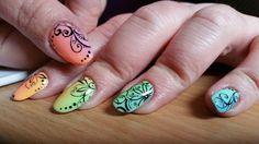 Nail art arc en ciel Stamping marianne nails