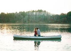 fall engagement, canoe engagement photo by Emily Steffen