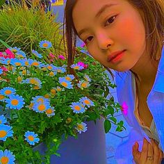 Kpop Girl Groups, Korean Girl Groups, Kpop Girls, Aesthetic Indie, Aesthetic Videos, Blackpink Fashion, Indie Fashion, Kim Jennie, Cool Pictures