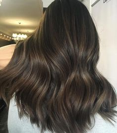 Long Wavy Ash-Brown Balayage - 20 Light Brown Hair Color Ideas for Your New Look - The Trending Hairstyle Golden Brown Hair, Brown Ombre Hair, Brown Hair Balayage, Brown Blonde Hair, Light Brown Hair, Brown Hair Colors, Dark Hair, Brown Highlighted Hair, Brown Bayalage