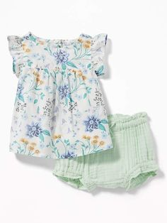 8771a2ae76a27 Old Navy Flutter-Sleeve Top   Crinkle-Knit Bloomers Set for Baby