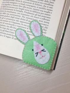 Segnalibro coniglio in pannolenci.Accessori libri.Segnalibro